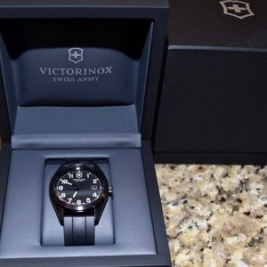 *NEW* VICTORINOX Swiss Army Garrison Watch